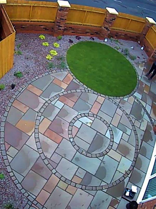 circular patio (1)